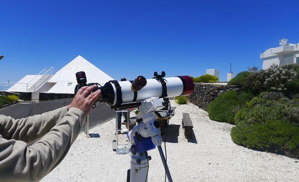 Télescope à l'Observatoire du Teide