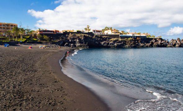 Panoramique de la Plage de Puerto Santiago à Tenerife